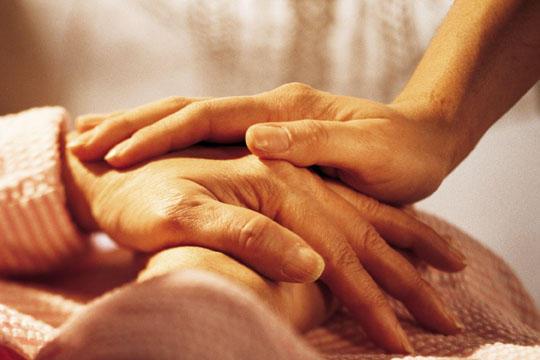 chronic-illness-hands