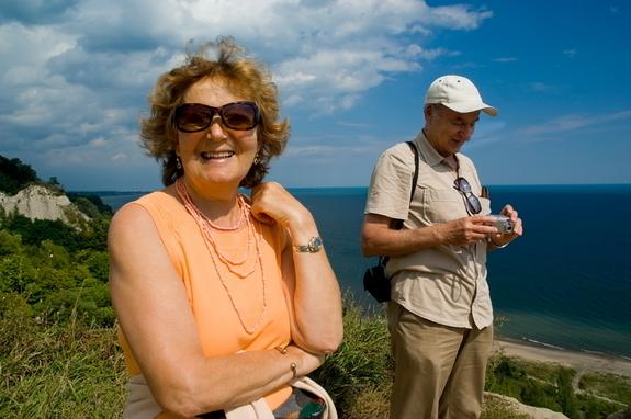 adventurous-older-couple