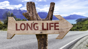 6 secrets to grow younger and live longer