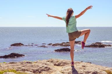 Standing On One Leg Helps Predict Brain Health And Longevity