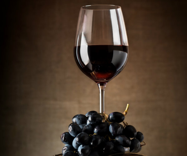 Red Wine Compound Boosts Cardio Health in Diabetics: Study